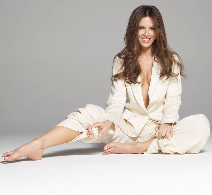 Kate Beckinsale Feet